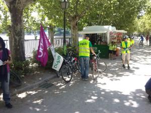 acto de campaña en bici