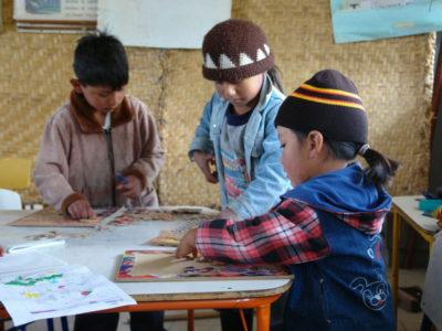 Experimentos caseros con material reciclado con niñas y niños @ Desde tu casa